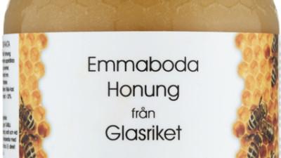 Lokalprocerad Honung från trakterna kring  Mönsterås o Glasriket lev i 500 gr förpackning